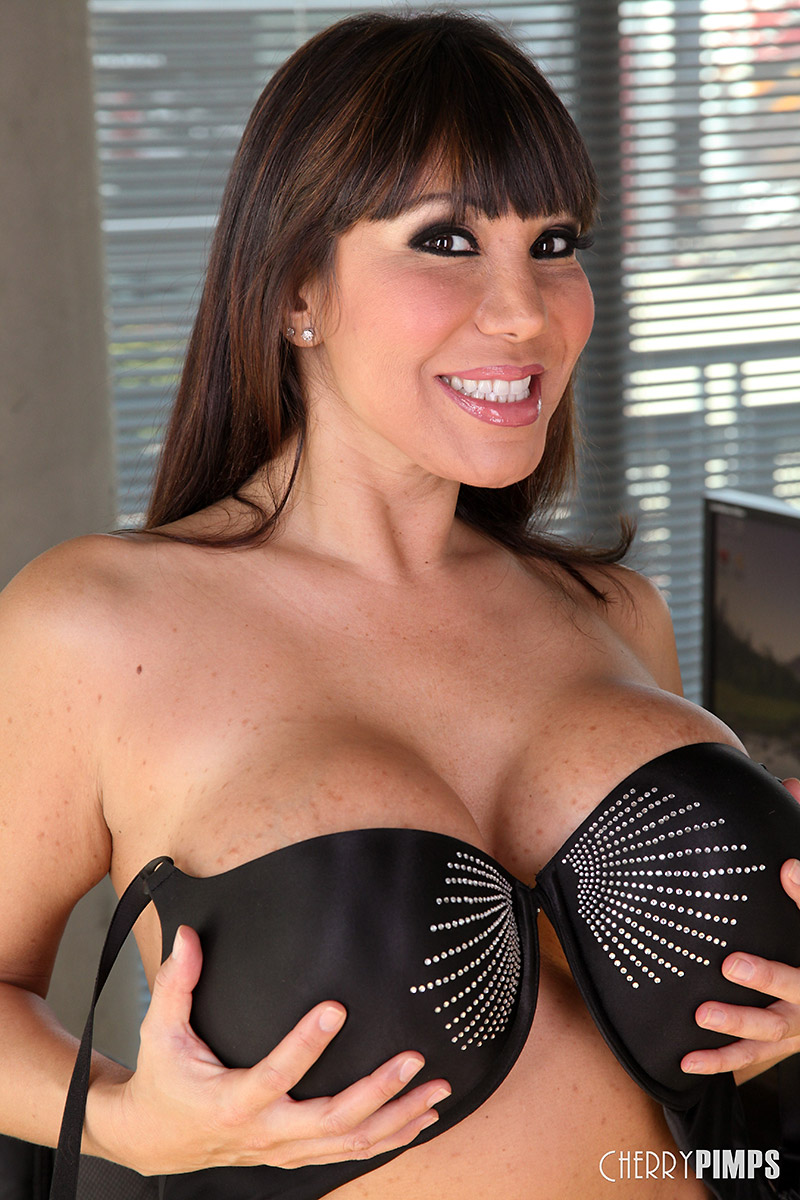 Ava Devine Latina with Massive Rack Rocks her Dildo