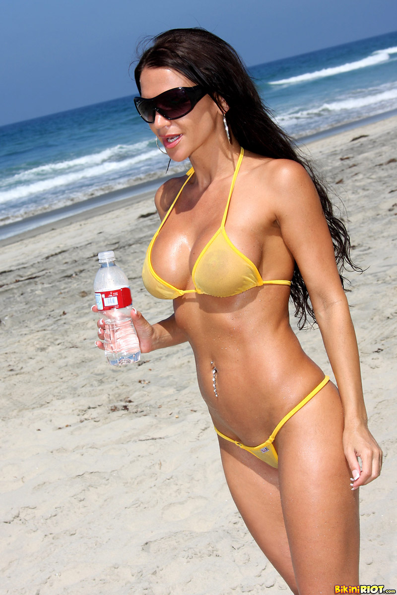 Rebecca Rayann Getting Naked at the Beach