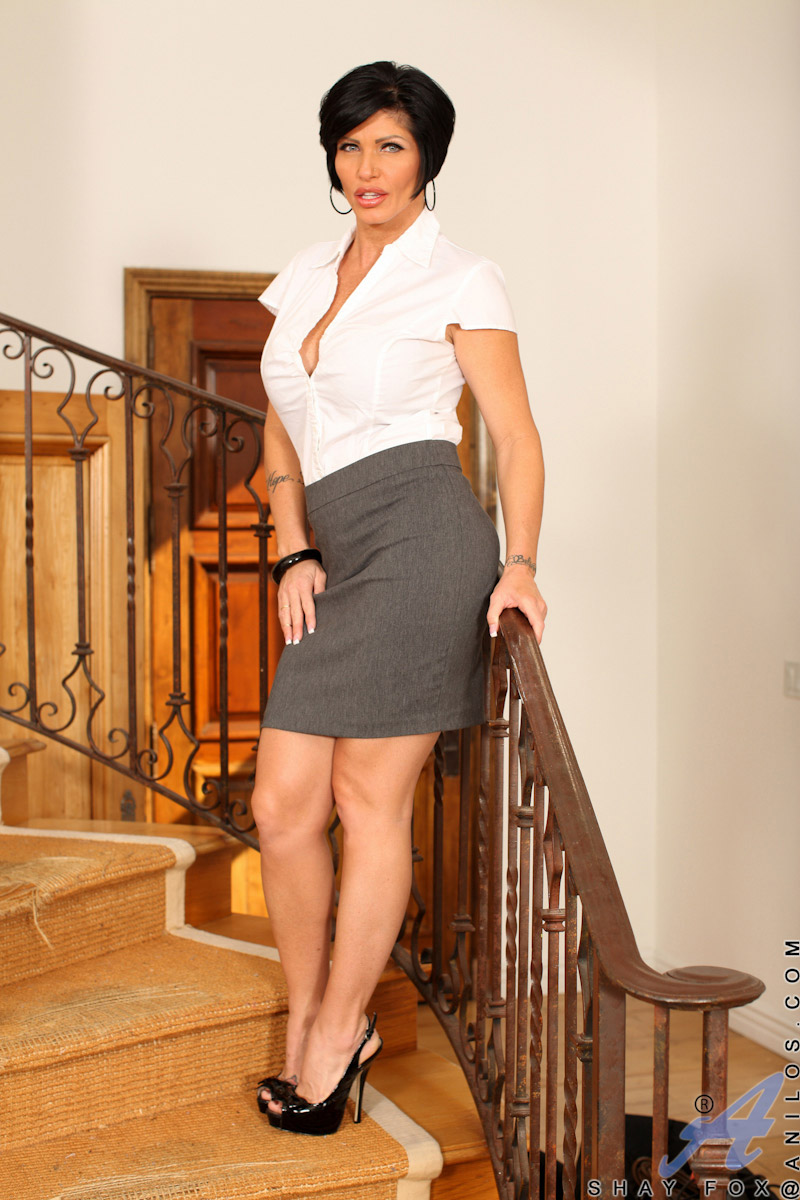 Shay Fox Busty Mature Brunette Spreads on the Stairs